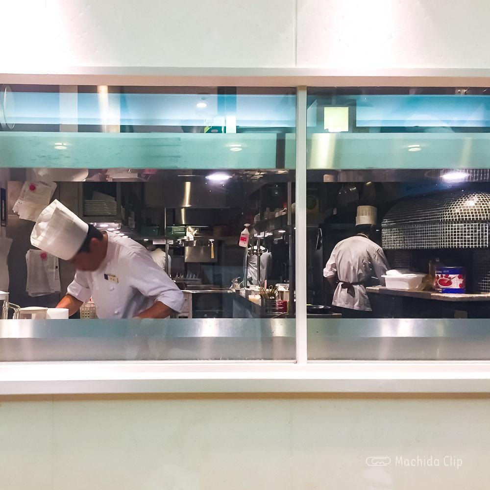 アルカサール 町田店のキッチンの写真