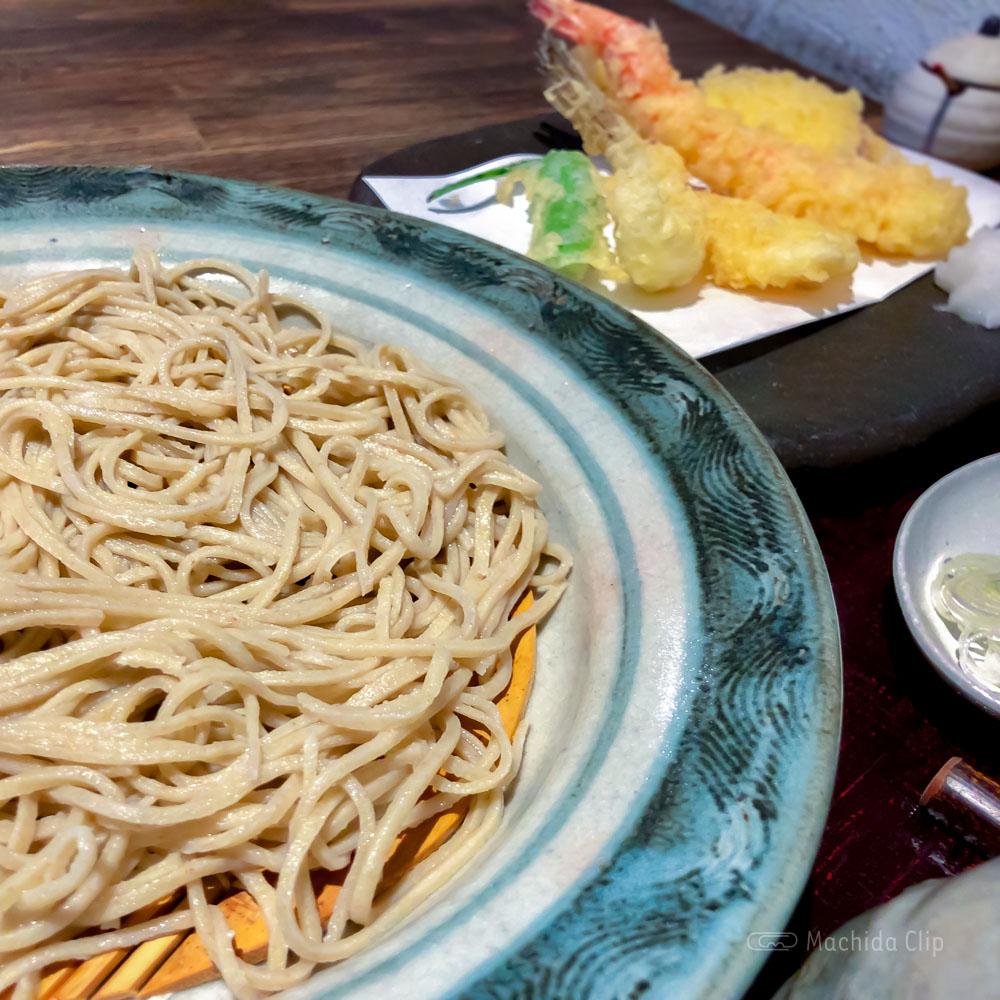 「蕎麦 粉練(こねり)」町田で本格手打ちそばと創作メニューの写真