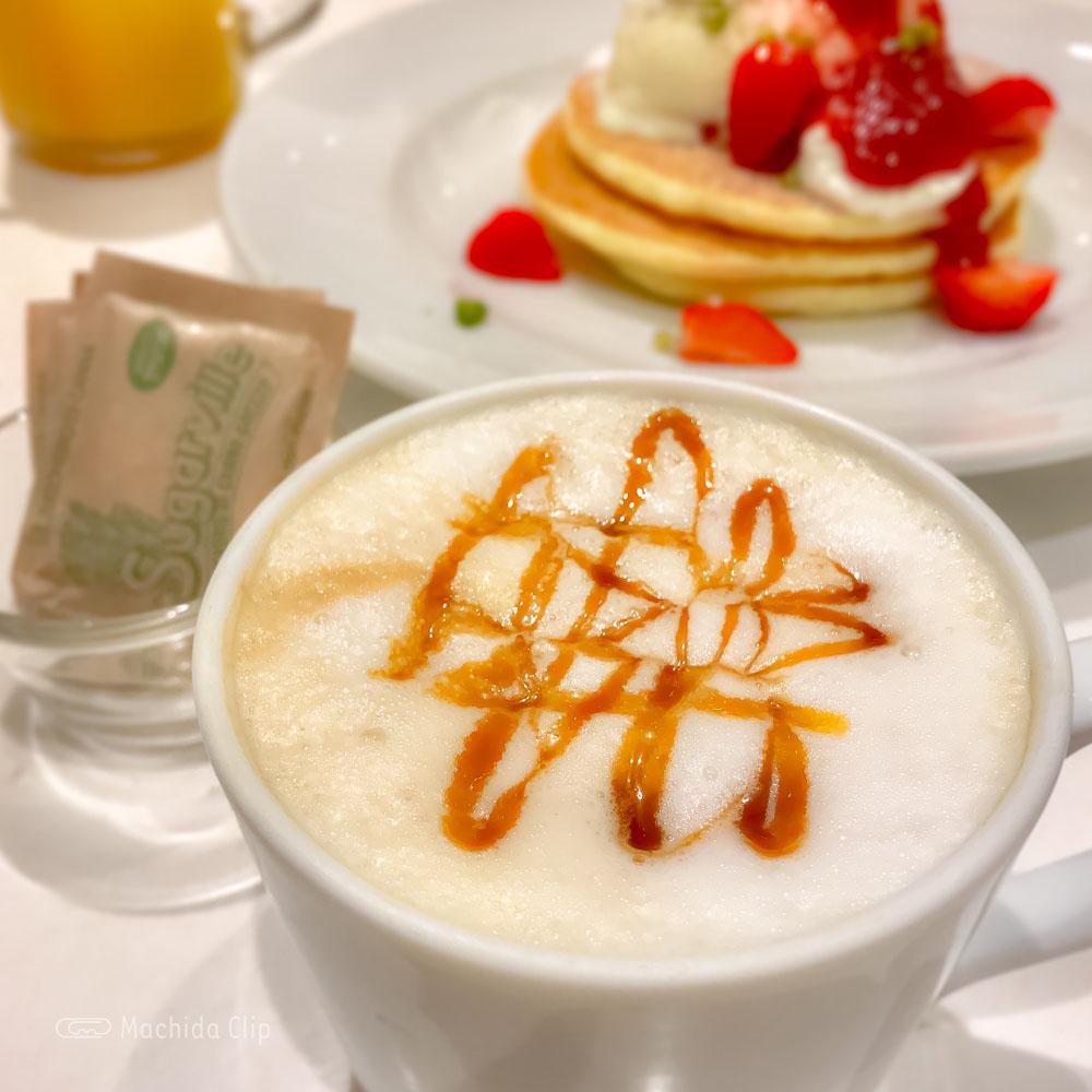 J.S. PANCAKE CAFE 町田モディ店のドリンクの写真