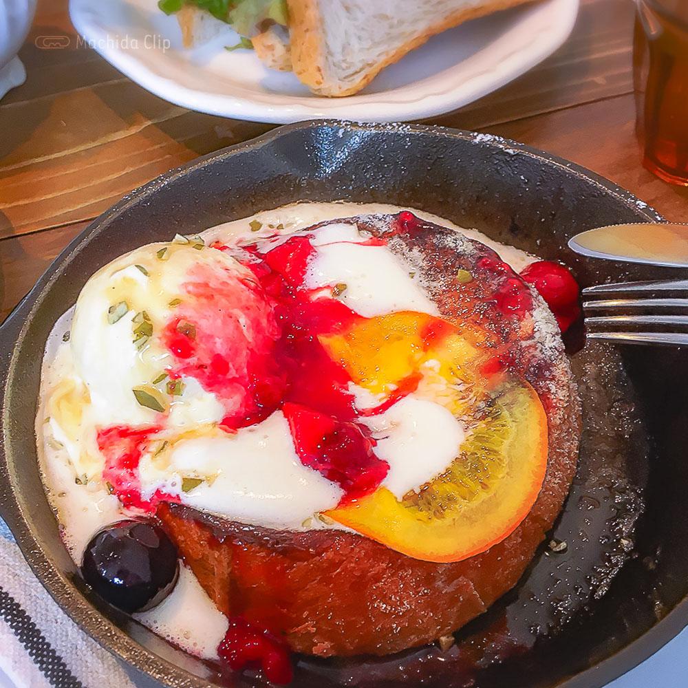 こがさかベイク(Kogasaka Bake)高ヶ坂本店の「焼きたてフレンチトースト」の写真