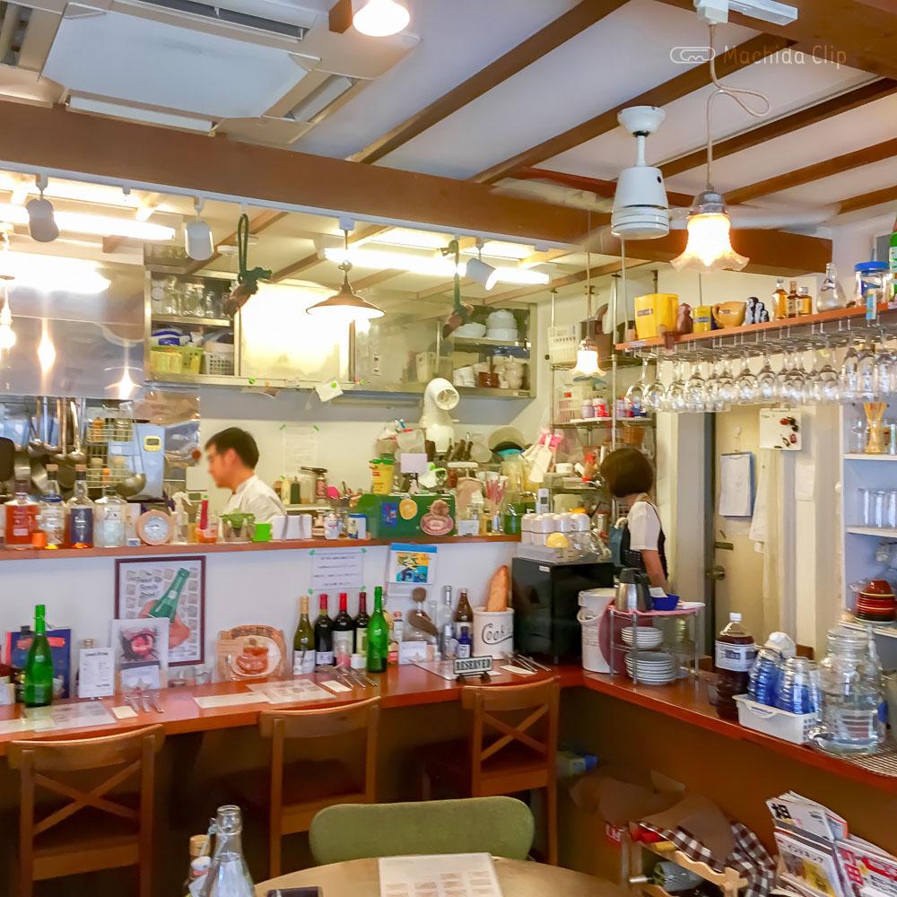 航旅莉屋(こりょうりや)の店内の写真