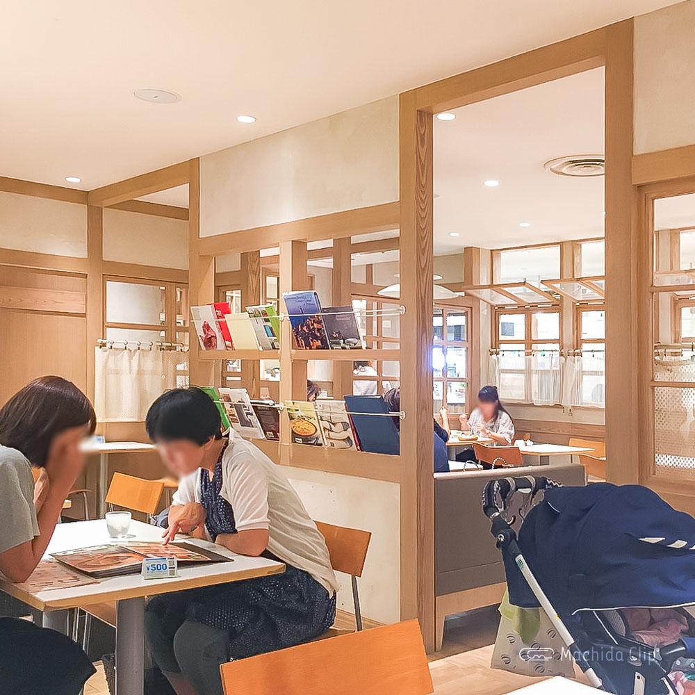 ラ・メゾン アンソレイユターブル ルミネ町田の店内の写真