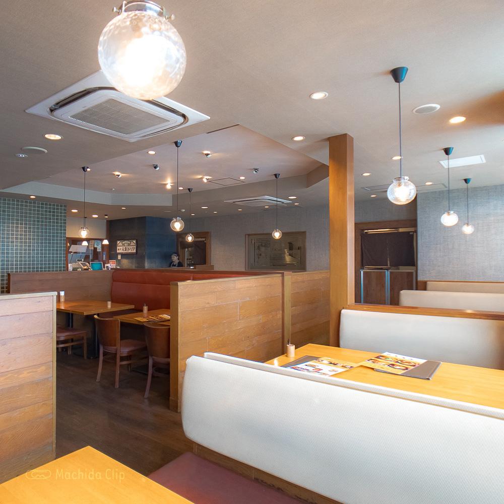 神戸元町ドリア 町田東急ツインズ店の店内の写真