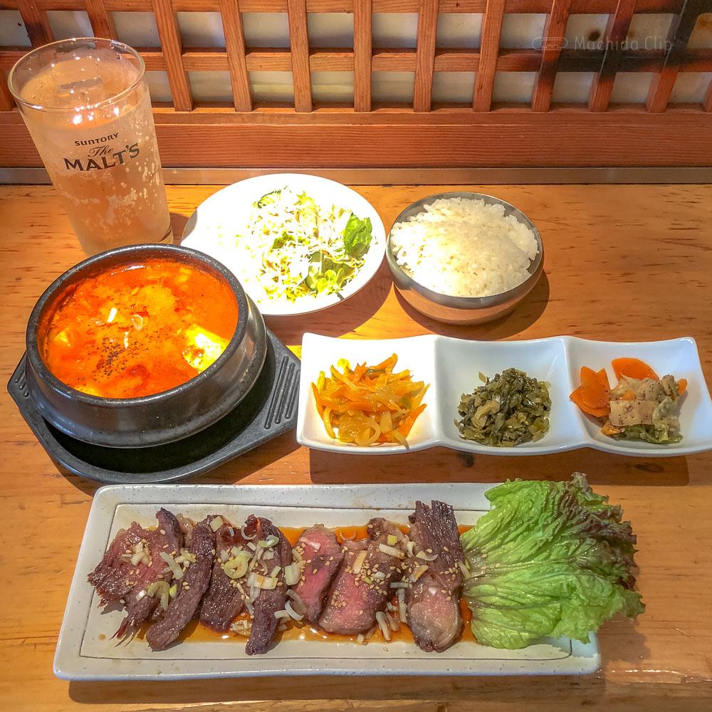 「吾照里(オジョリ)町田店」韓国家庭料理のお得なランチセットの写真