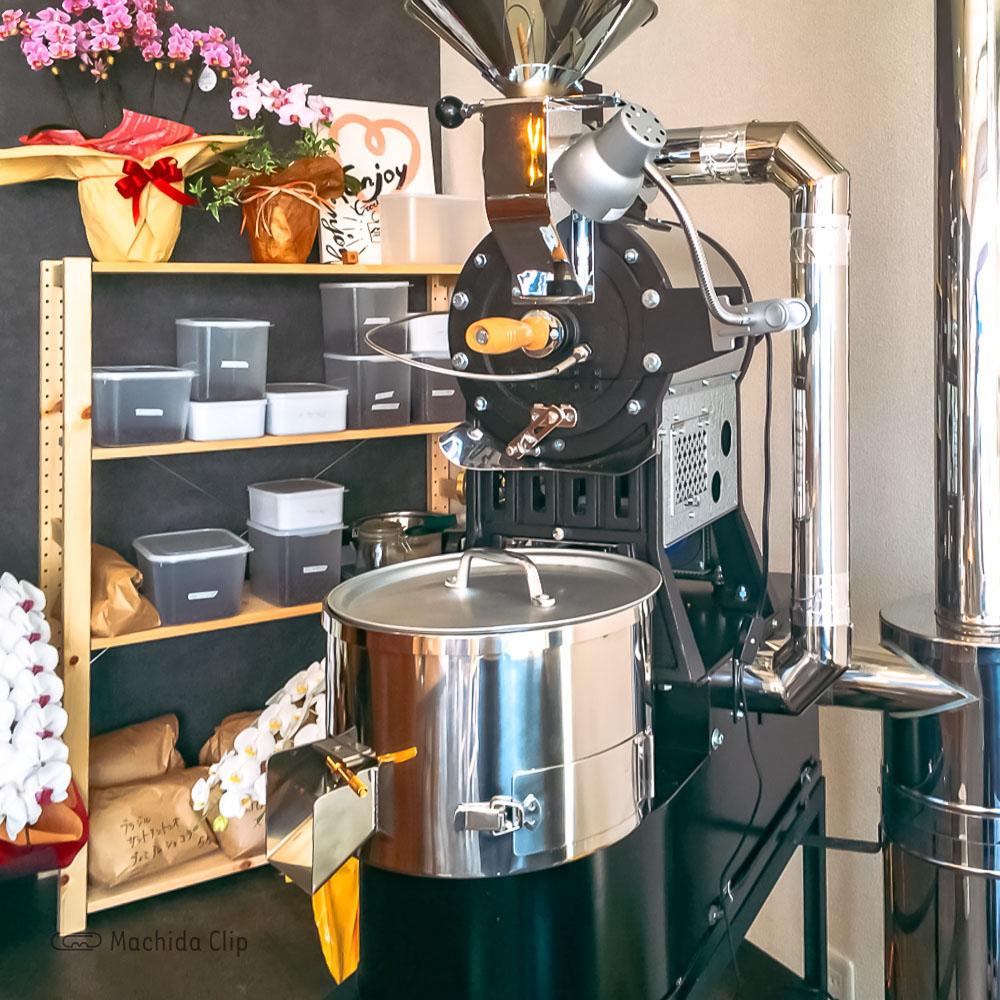 ONSO COFFEE(オンソコーヒー)の焙煎機の写真