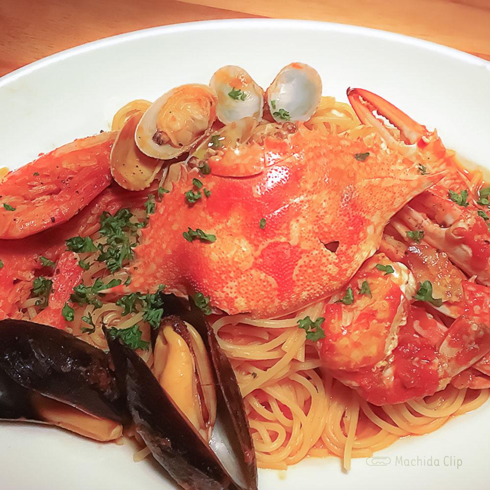 オステリア3903の「〜ペスカトーレ〜丸ごと渡り蟹のトマトクリームパスタ」の写真