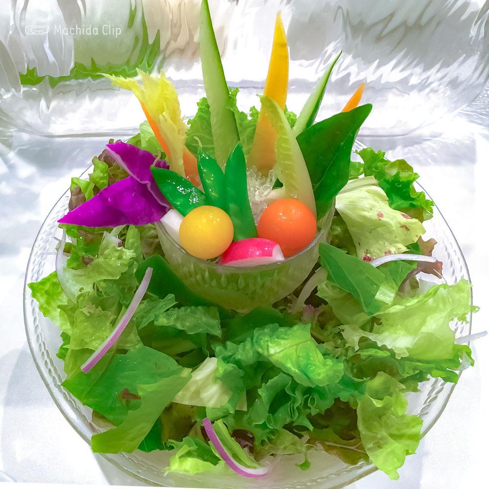 ベジフルスパイスのサラダの写真