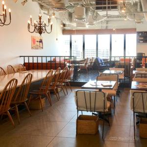 和カフェ yusoshi ゆったりくつろぎたいならココ 開放感あるソファ席が魅力のナチュラルモダンな和カフェの写真