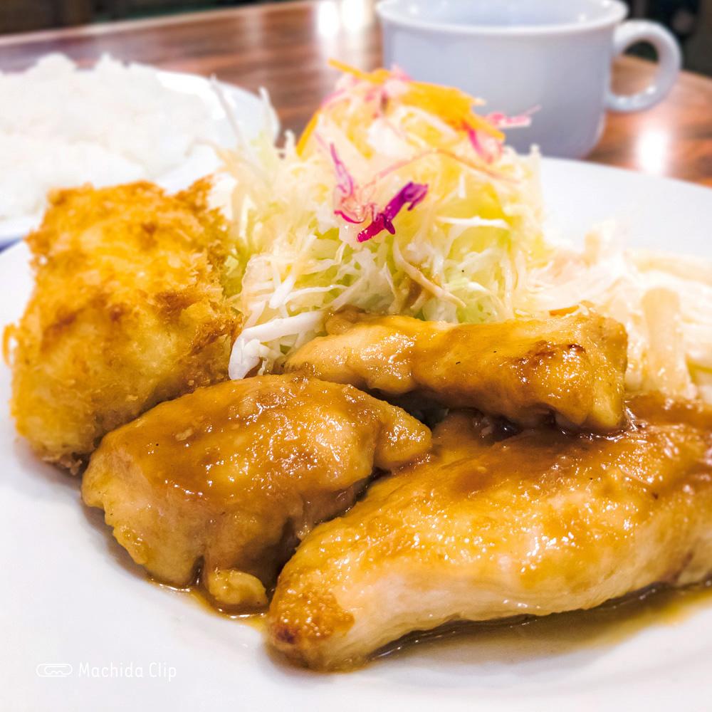「グリルママ」町田駅から1分!老舗洋食屋さんのオススメランチメニューの写真