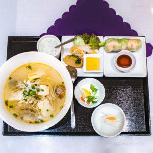 町田でベトナム料理 フォー、ブンチャーにバインセオ お腹一杯になるまで楽しめる3店舗の写真