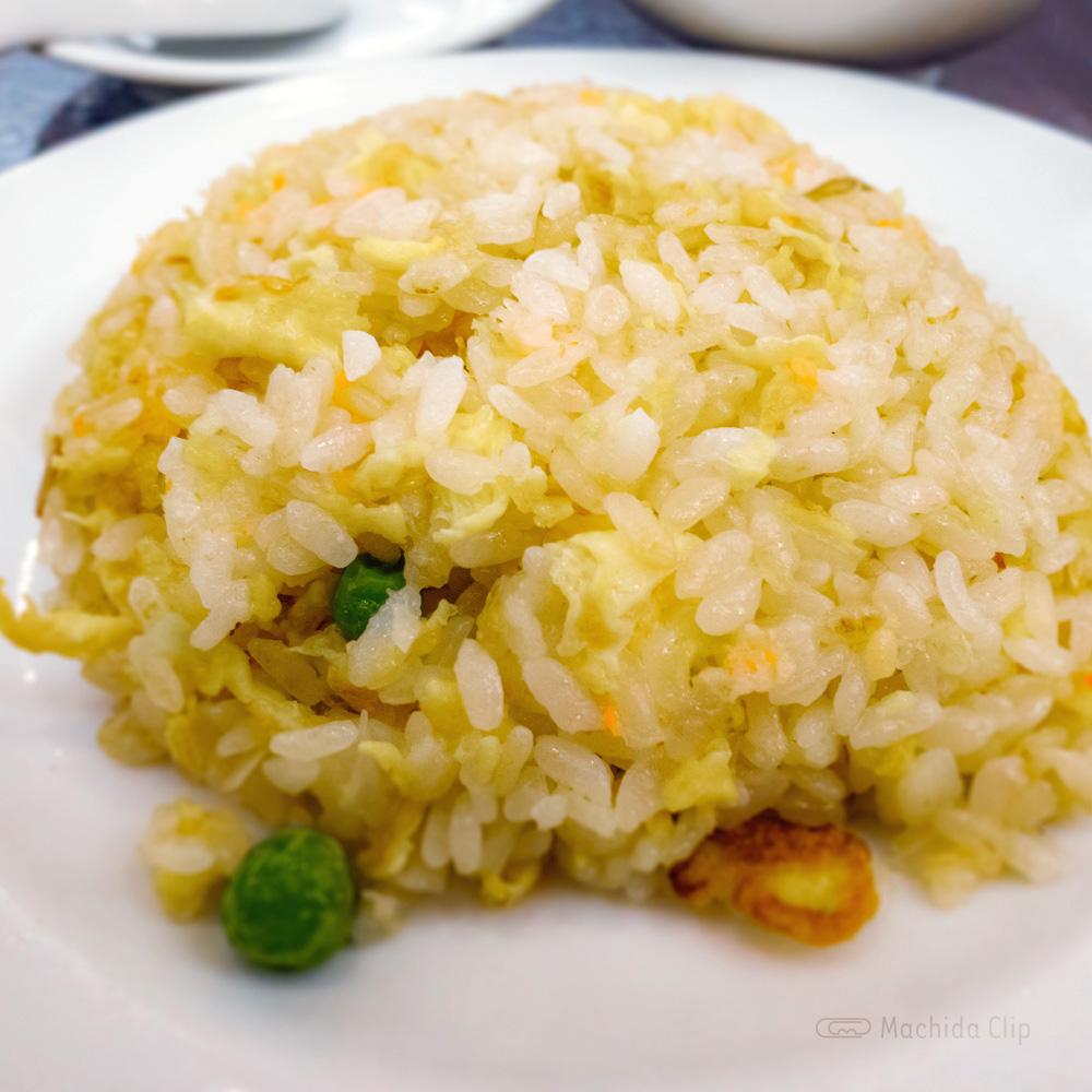 中華料理 鳳鳴春 のチャーハンの写真