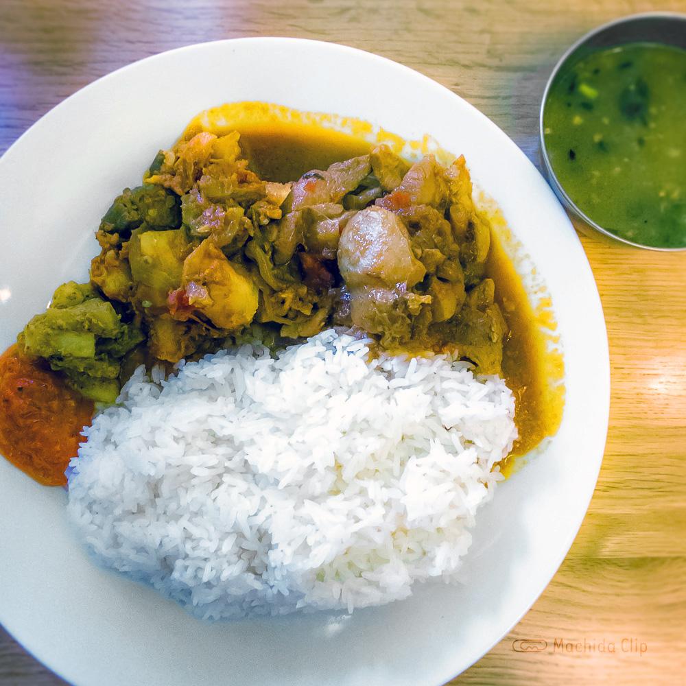 ソルティーモード Soaltee Mode 町田 お弁当をテイクアウトできるネパール料理のお店の写真