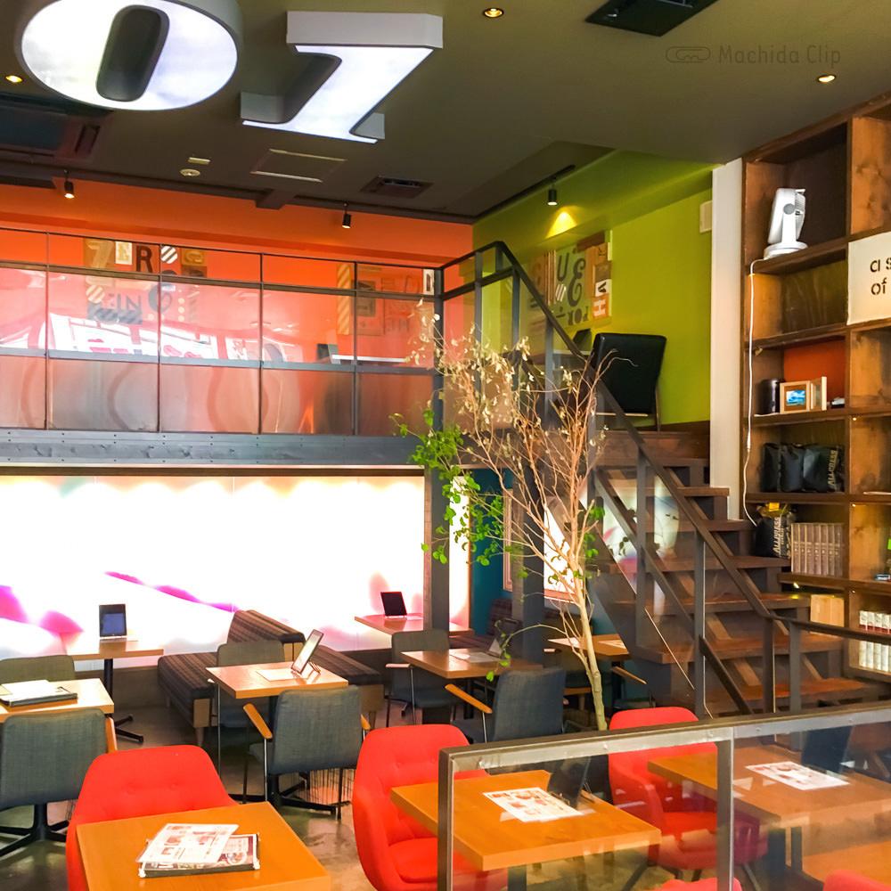 ZERO ONE CAFE(ゼロワンカフェ)の店内の写真