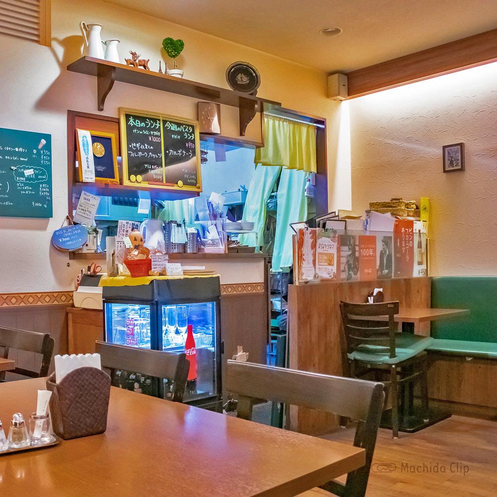 Bistro chez Riki ビストロシェリキの店内の写真