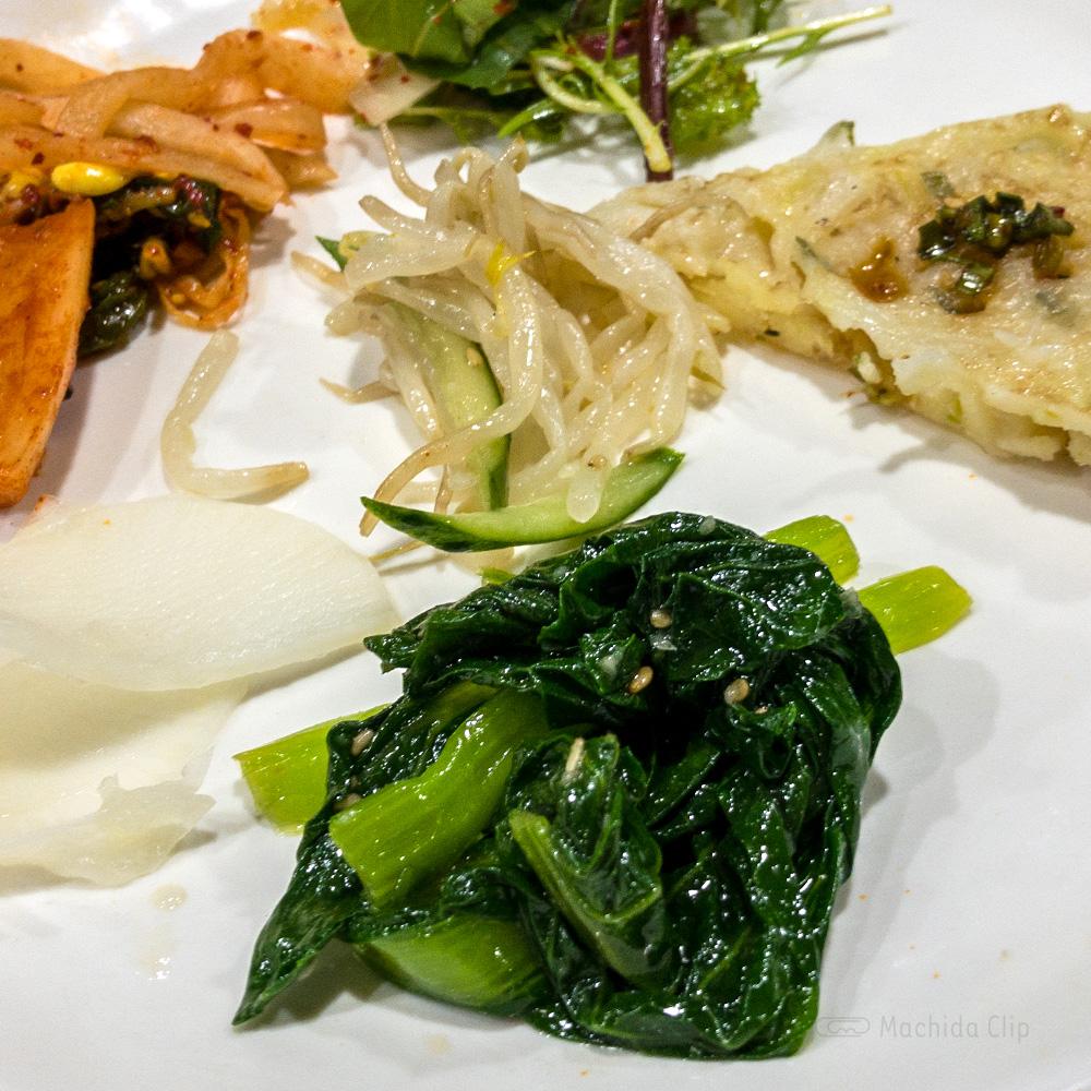 焼肉一楽(イチラク)のお惣菜の写真
