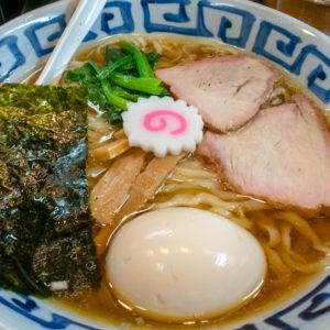 町田「竹の助」鶴川の白河ラーメン店!中華そばとワンタン麺が人気の写真