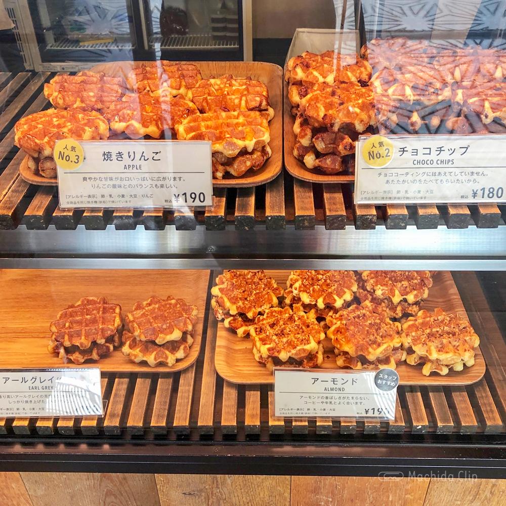ミスターワッフル(MR.waffle )の焼きりんごワッフルの写真
