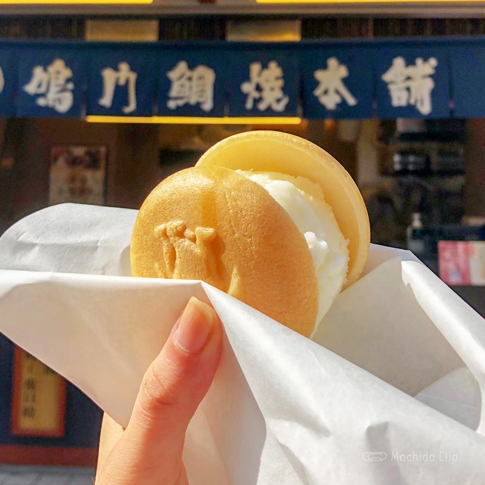 鳴門鯛焼本舗 町田店のアイスもなかの写真