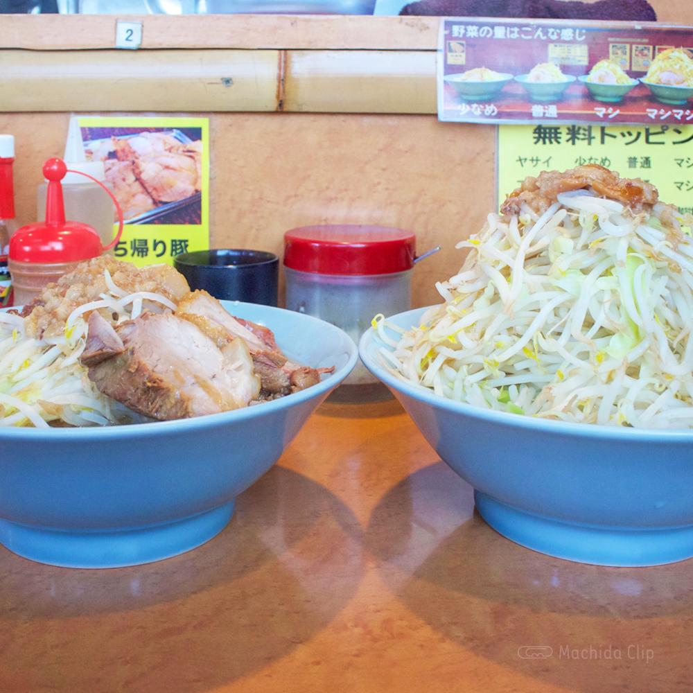 立川マシマシ ロイヤルスープのラーメンマシマシの写真
