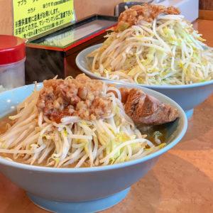 町田「立川マシマシ ロイヤルスープ」野菜マシマシのデカ盛りラーメン!マシライスと冷やし中華も人気の写真