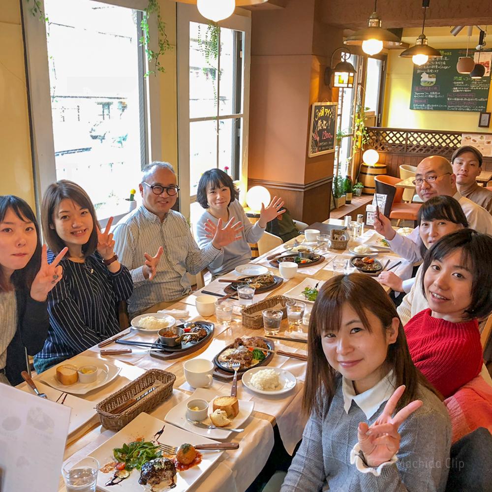 肉ダイニング 鉄重 町田店の店内の写真