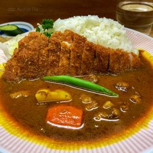 """リッチなカレーの店 アサノ 町田にある""""日本一""""のカツカレーを食べてきました!メディアも絶賛の人気店の写真"""