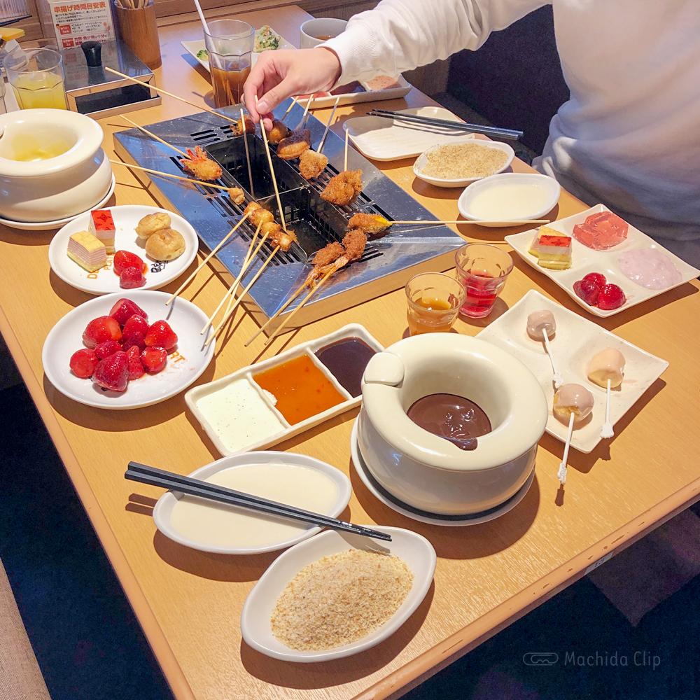 串家物語 町田モディ店 食べ放題ランチは90分1,500円!串メニューは30種類以上 いちごフェア開催中♪の写真