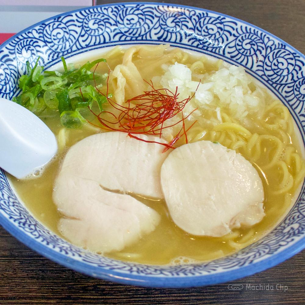 麺匠 なべすけ 一号店(町田金森店)の濃厚鶏白湯ラーメン!町田街道沿いで駐車場ありの写真