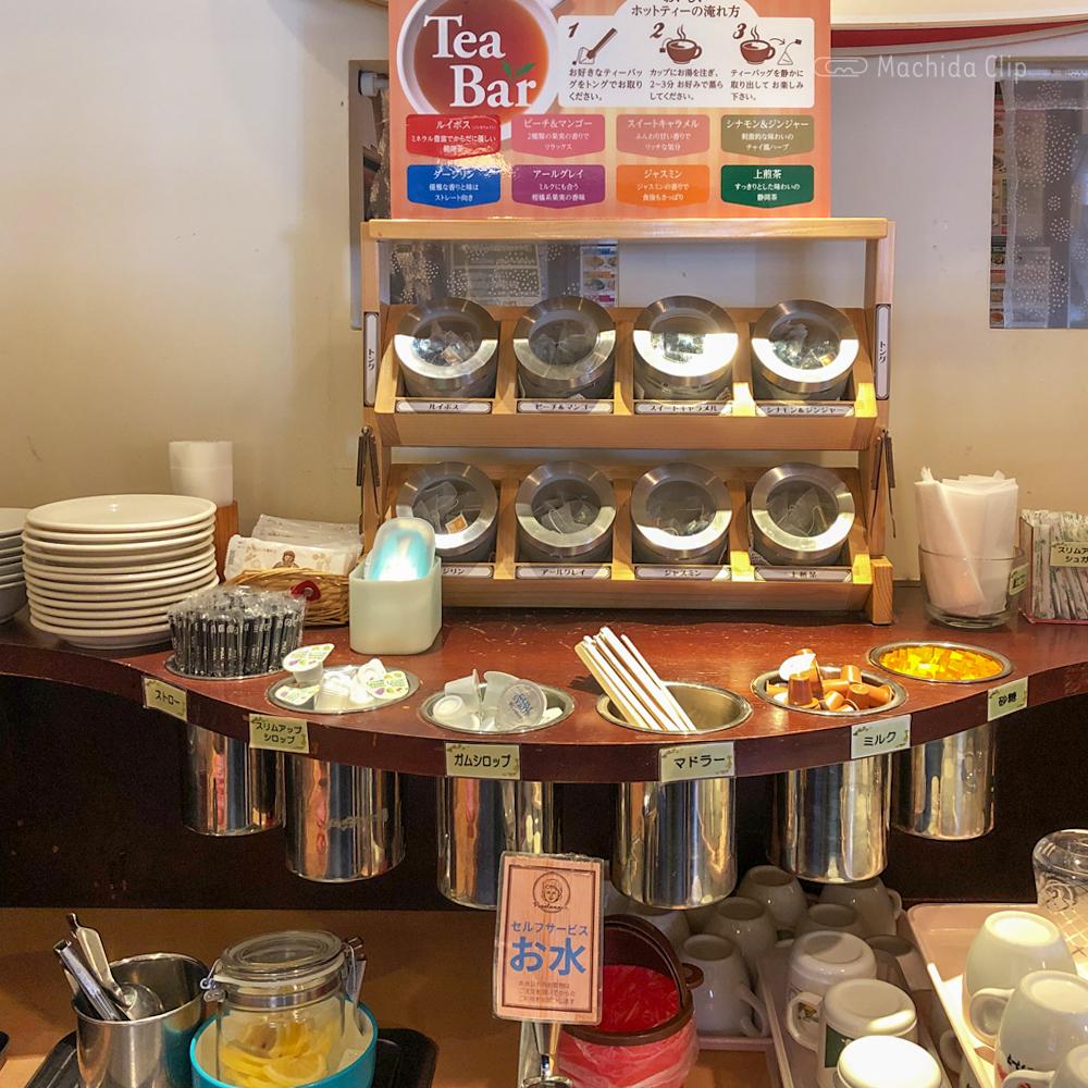ポポラマーマ 町田店のドリンクバーの写真