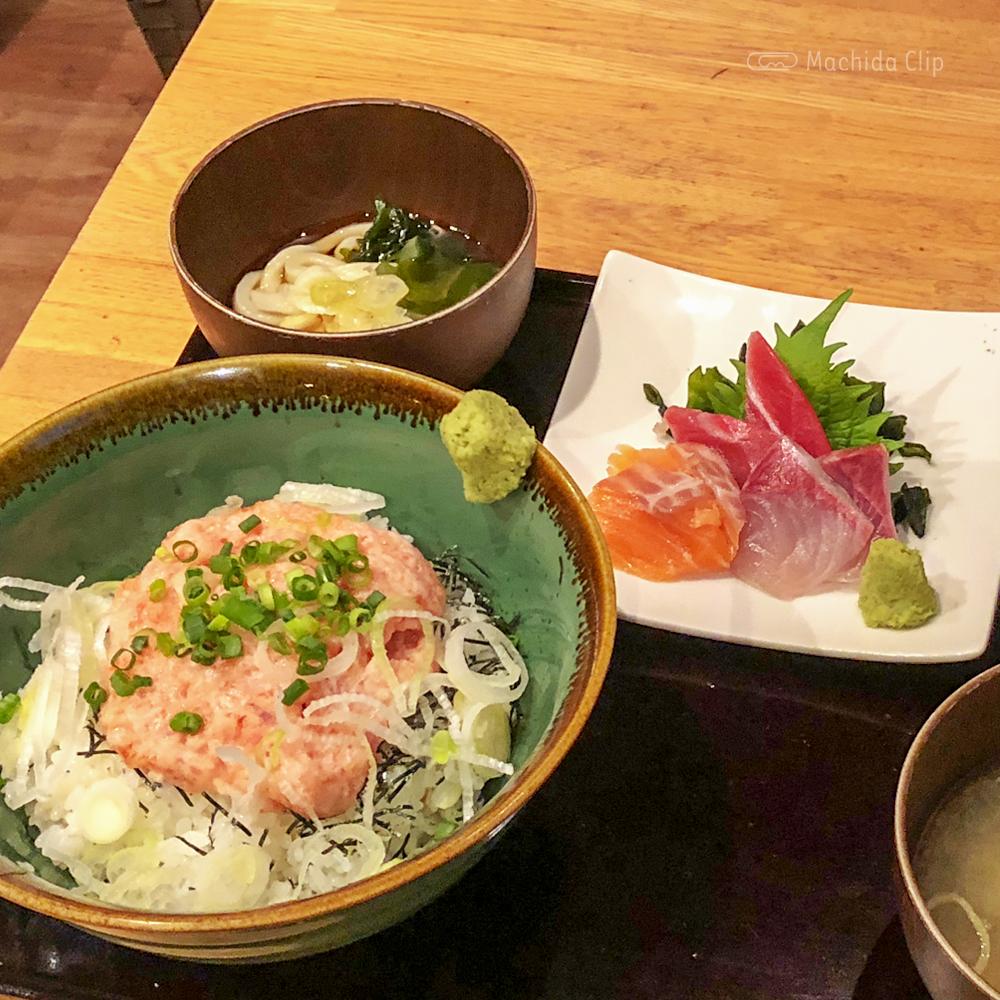 cafe&bar sharuru シャルル 町田店のネギトロ丼の写真
