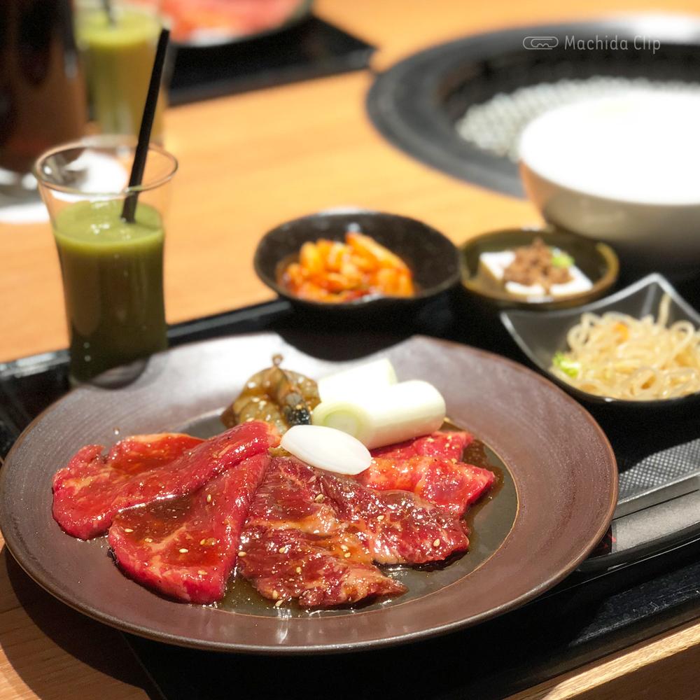 「焼肉トラジ 町田店」ランチでお得に高級焼肉!石焼ビビンバとジャン麺もオススメの写真