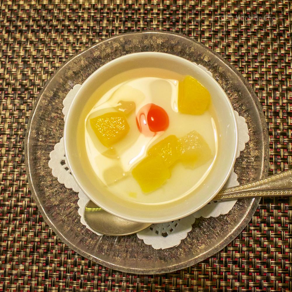 中華料理 龍皇のデイリーランチのデザートの写真