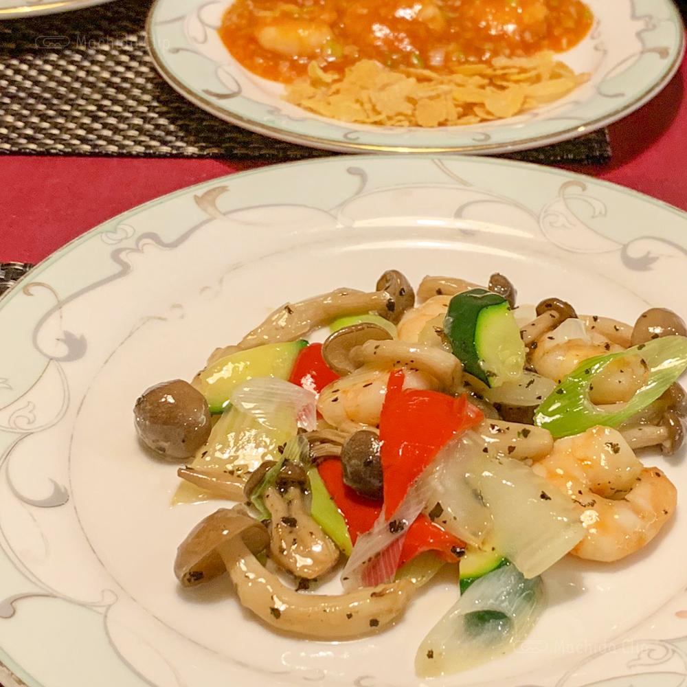 中華料理 龍皇のレディースランチ海老とセロリ炒めの写真