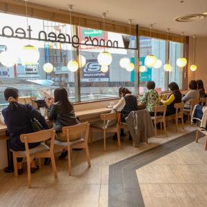 ナナズグリーンティー町田東急ツインズ店のカウンター席の写真