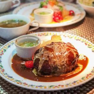 クックライトキッチン 町田駅から徒歩6分 ヘルシーな洋食ランチ!盛り合わせサラダとハンバーグが人気のリーズナブルレストランの写真