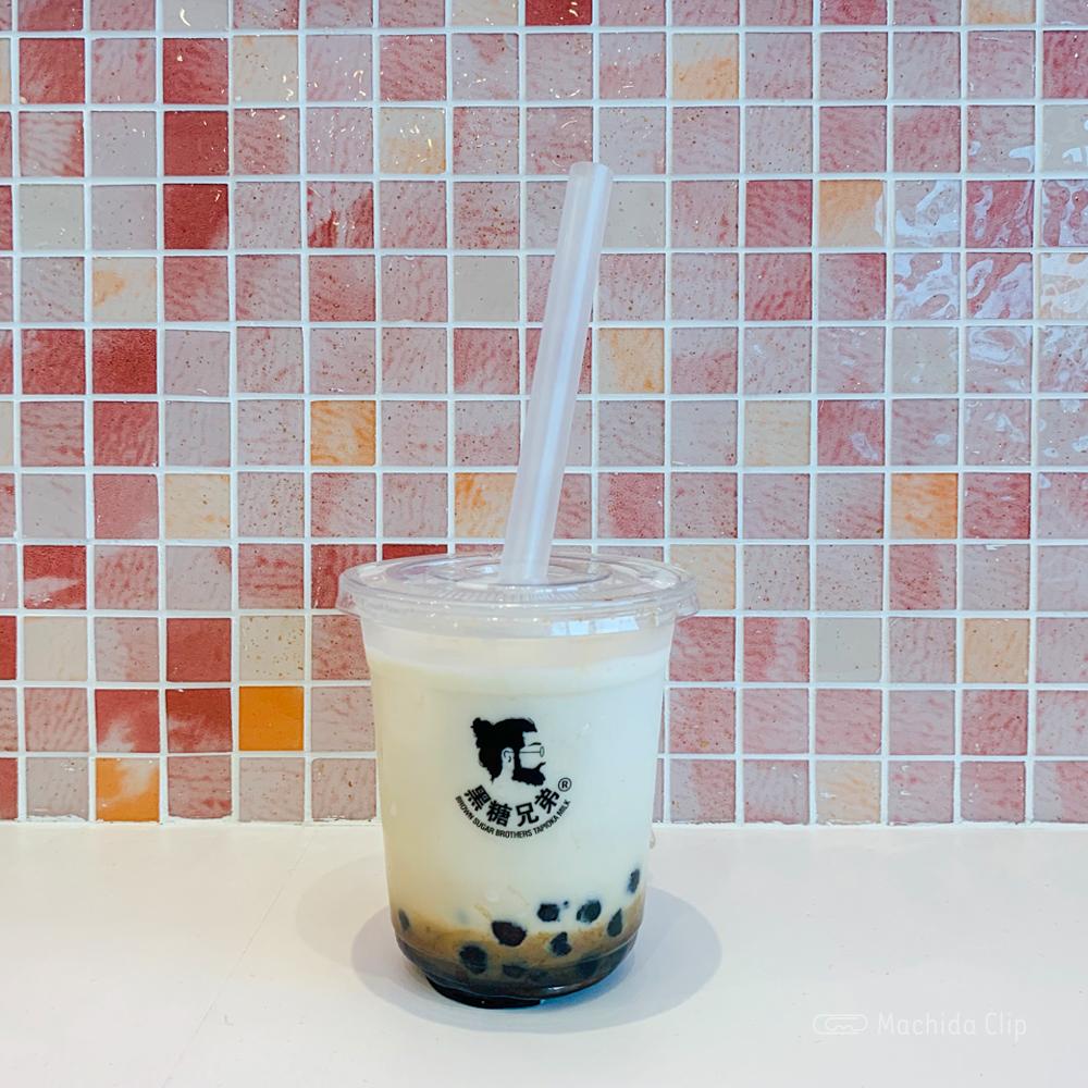 黒糖兄弟のコーヒータピオカ黒糖ミルクの写真
