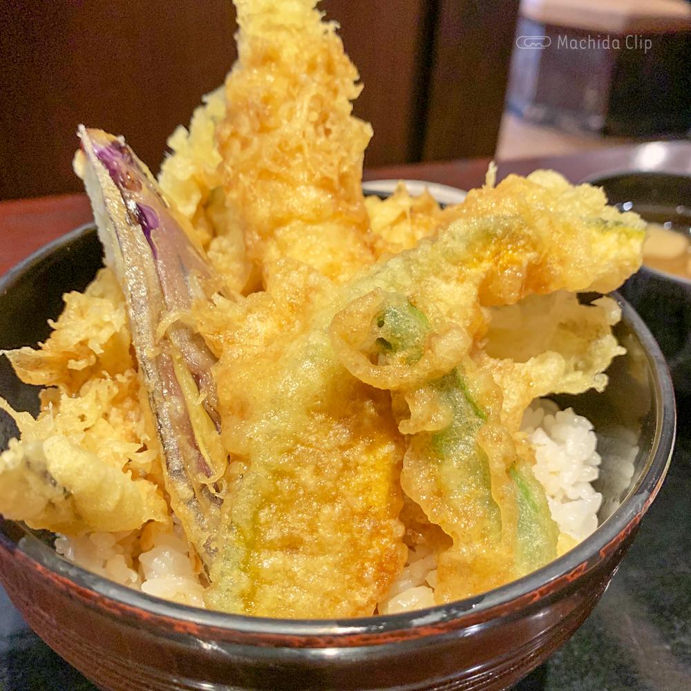 産直居酒屋 花の舞 小田急町田南口店の特製天丼の写真