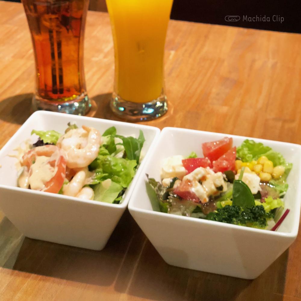 cafe&bar sharuru シャルル 町田店のサラダの写真