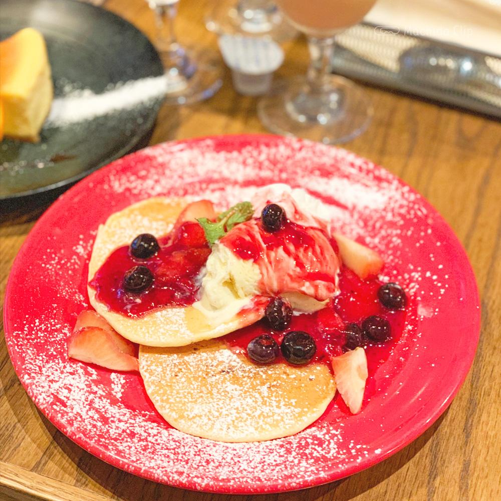 ZERO ONE CAFE(ゼロワンカフェ)のパンケーキの写真