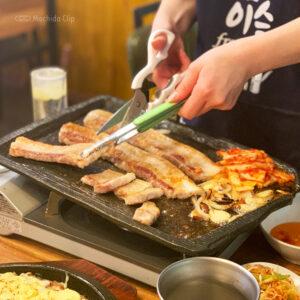 本場韓国料理酒場 おぱ屋 町田店で韓国ランチ!サムギョプサルやチーズタッカルビも楽しめるの写真