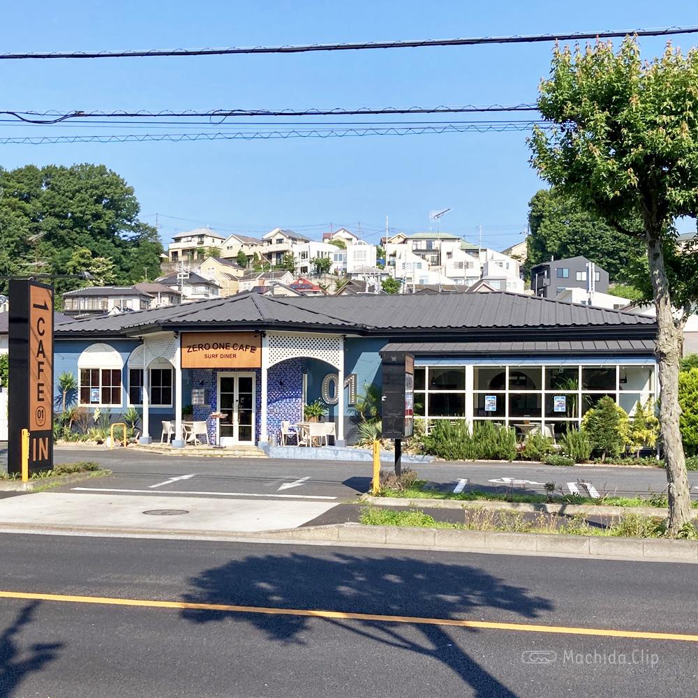 ゼロワンカフェ (ZERO ONE CAFE)金井店の外観の写真