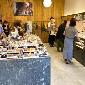 南町田グランベリーパークのアクセサリー屋 ジュエッテやフェスタリアなど5店舗紹介 メンズ商品やアウトレット商品も!の写真